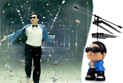 Хитовете никога не остаряват! Зарадвайте детето си през Пролетта с летяща, пееща кукла Gangnam Style с дистанционно управление! За истинско празнично настроение, САМО за 9.90 лв!