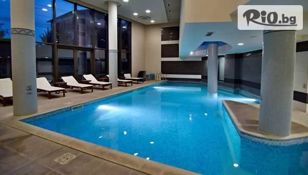 Голяма почивка в Хотел Аква Вива СПА, Велинград! Включва басейн с минерална вода и закуска! + опция за вечеря