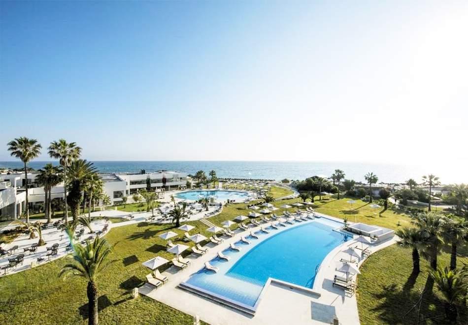 Почивка в хотел IBEROSTAR DIAR ANDALOUS 5*, Сус, Тунис 2021. Чартърен полет от София + 7 нощувки на човек на база All Inclusive!