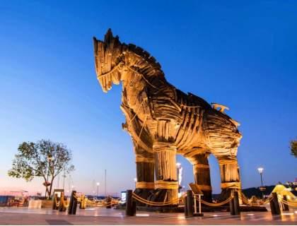 Отпразнувайте 2021-ва година в хотел Buyuk Truva****, Чанаккале! Включва вечери и закуски! Плюс официална вечеря