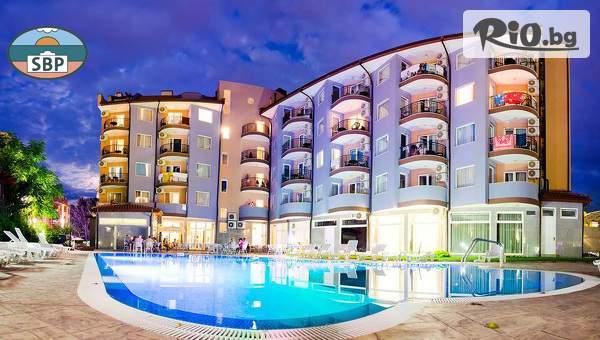 Цяло лято на море в Слънчев бряг! Нощувка на база Аll Inclusive + басейн, чадър и шезлонг, от Апартхотел Sunny Beauty Palace
