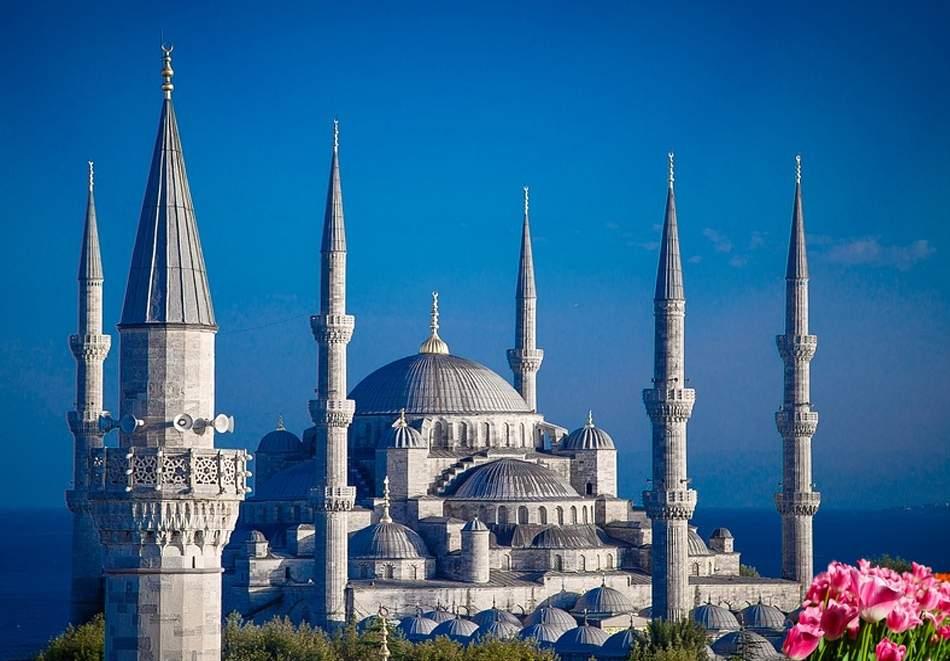Релаксирайте за три дни в Истанбул! Включва закуски!