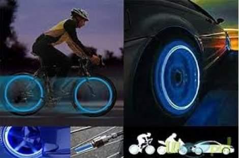 Възползвайте се от светещи капачки за колело или кола на промо цена!