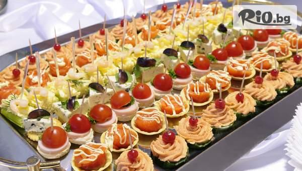 Коктейлни хапки за всеки повод - 90, 140 или 170 броя, аранжирани и декорирани за директно сервиране с 60% отстъпка, от Криейтив кетъринг