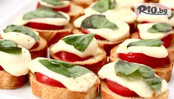 70 или 100 броя мини сандвичи и парти кюфтенца, аранжирани в плата за директно сервиране, от Криейтив кетъринг