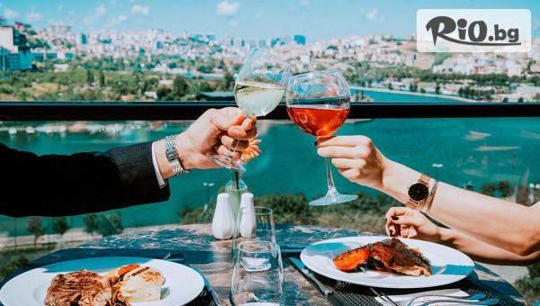 Нова година в Истанбул! 3 нощувки със закуски + Празнична Новогодишна вечеря в Ramada Hotel Suites Istanbul Golden Horn, от Теско груп