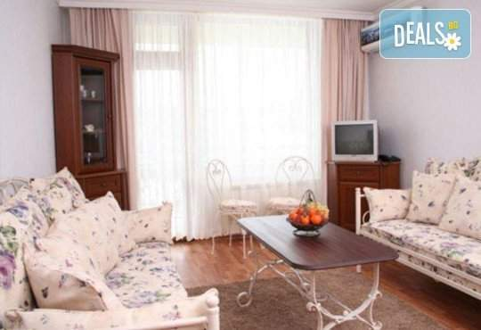 11.11. - 30.12. в хотел Виталис, Пчелин: нощувка и закуска, минерални басейни и сауна