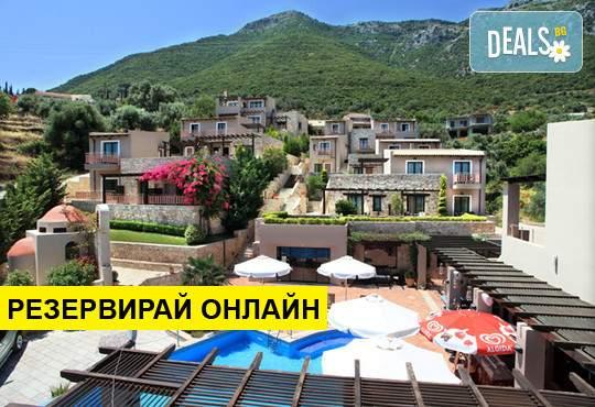 Релаксирайте в Tesoro Hotel****, Лефкада!