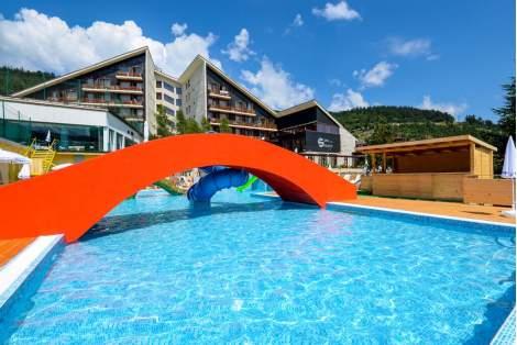 Релаксирайте в Хотел Селект****, Велинград! Включва бонус масаж, басейн, закуска! Плюс СПА