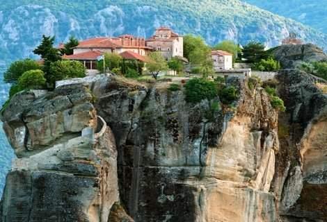 ГЪРЦИЯ - Магията на Метеора 2019 г.! Транспорт с автобус + 2 нощувки със закуски в Yakinthos Hotel + посещение на Солун за 129 лв. на Човек!