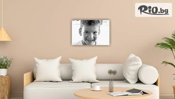 Страхотен подарък! Печат на снимка или колаж с размери 20/30 см върху канава, от Аликод