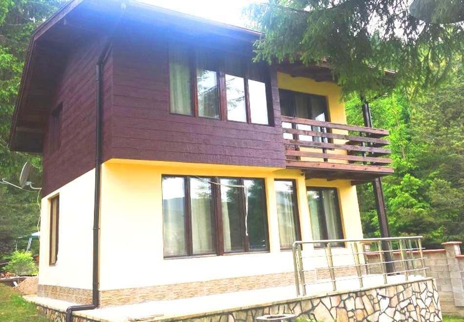 Нощувка, до 9 човека в напълно оборудвана къща от Вила Мерджан, Сърница