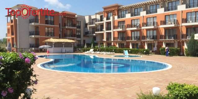 Лятна почивка в Хотел Коста Булгара***, Черноморец! Възползвайте се от басейн и закуска!