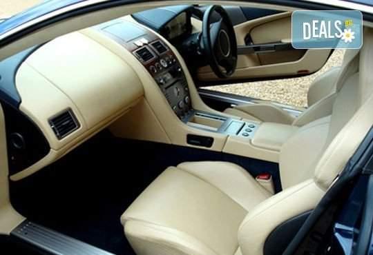 Погрижете за вашият автомобил в Сервиз Автомакс 13! Включва пране на салон!