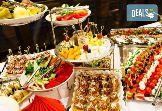 """Погрижете се за гостите си с продукти от работилница Деличи! Включва Апетитен сет """"Сезони"""""""