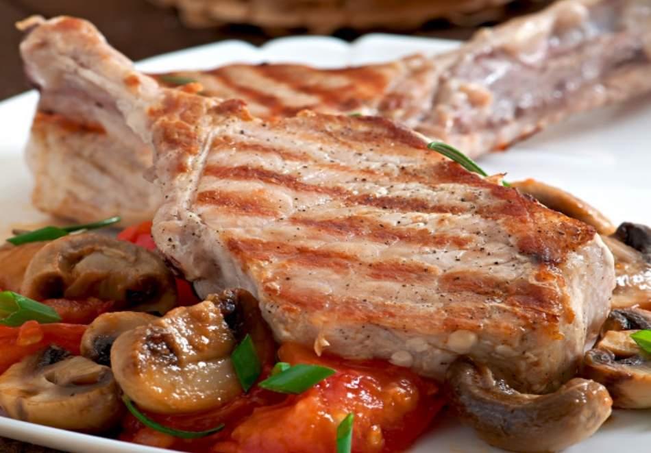 Кулинарна работилница Деличи предлага вкусно хапване! Включва супа, свинско с гарнитура + торта