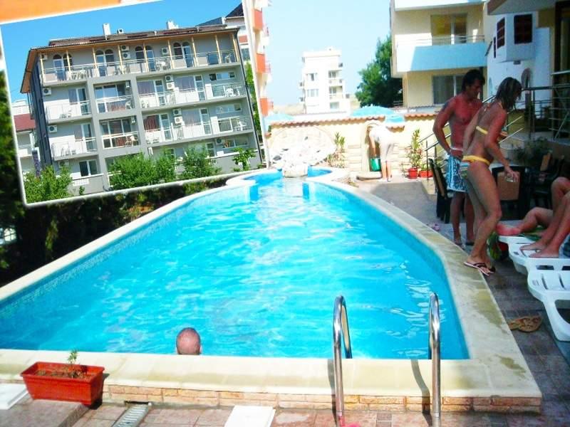 Ваканция в семеен хотел България, Приморско! + Басейн и близък плаж