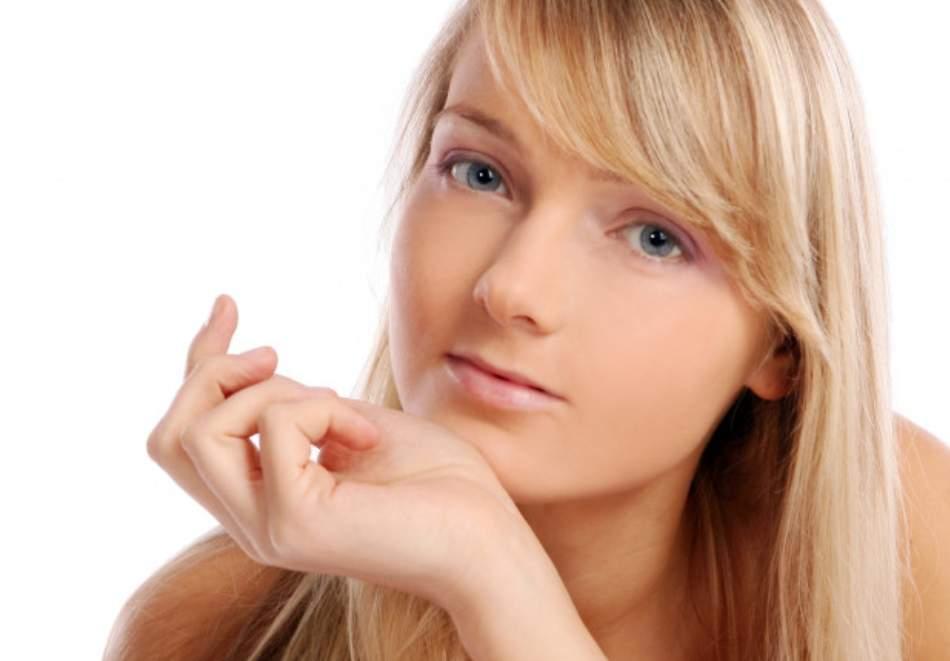 Грижа за тялото в Салон за красота Мадона! Включва Антиейдж терапия и подмладяващ японски масаж