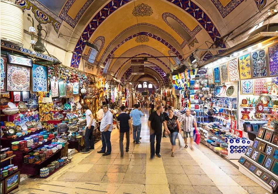 Уикенд екскурзия до Истанбул, Турция ! Транспорт + 2 нощувки на човек със закуски в хотел по избор - 2, 3 или 4* от Караджъ Турс. Тръгване всеки четвъртък от Варна и Бургас.