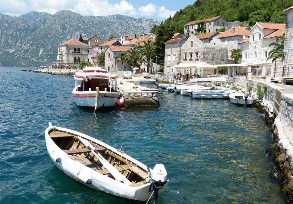 Екскурзия до Черна гора и Дубровник през май и септември. Автобусен транспорт + 3 нощувки на човек със закуски и вечери!