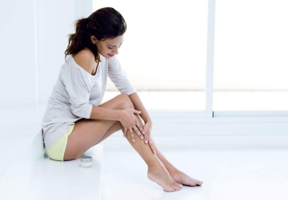Обгрижете краката си със студио за красота Савана! Включва IPL фотоепилация