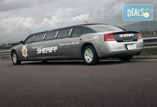 Забавлявайте се със San Diego Limousines! Включва Лимузина за ергенско или моминско парти!