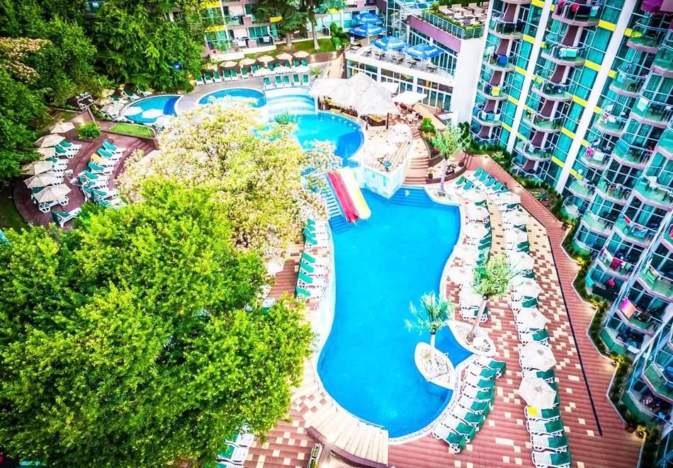 Лято в Златни пясъци! Нощувка на човек на база All inclusive + 2 външни басейна и водни пързалки в СООЕЕ Мимоза Съншайн хотел****. Дете до 13г. - БЕЗПЛАТНО!