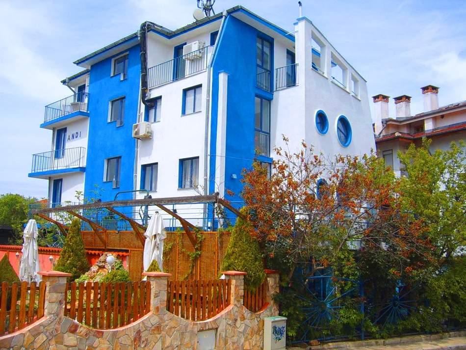 Отпочивайте в хотел Анди, Черноморец на специална цена! Плюс закуска!
