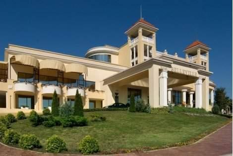 РАННИ ЗАПИСВАНИЯ за Лято 2021 в хотел BELLEVILLE 4*, ДЮНИ: Нощувка на база ALL INCLUSIVE на цена от 87.30 лв. на ЧОВЕК!