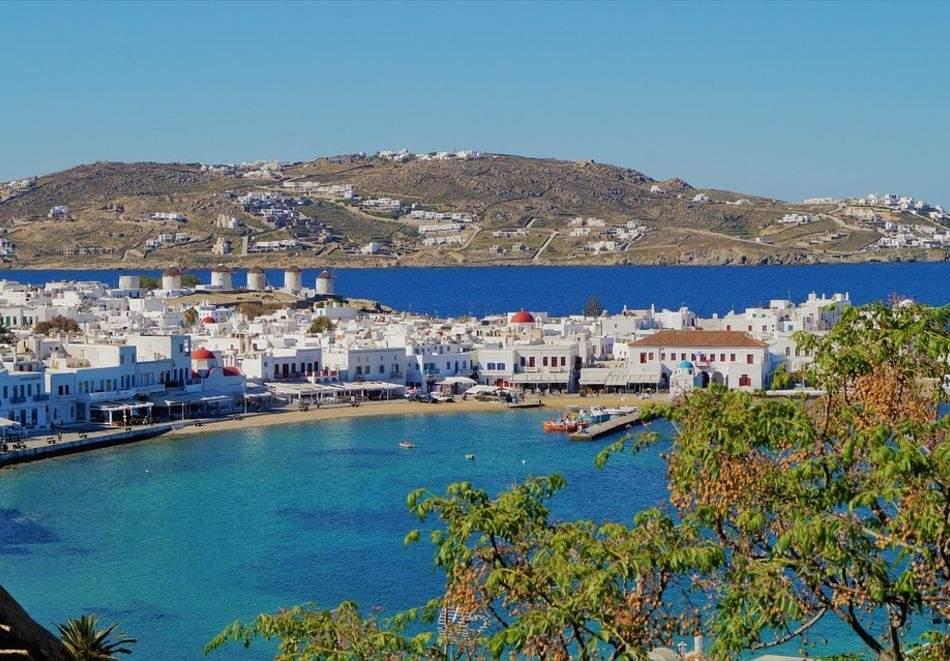 Екскурзия до остров Миконос, Гърция през юли и септември 2021. Автобусен транспорт + 4 нощувки на човек със закуски + PCR тест!