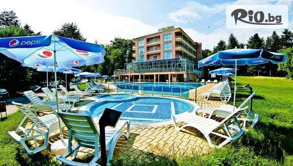 Лятна почивка в Хотел Глория, Св. Св. Константин и Елена! Включва басейн