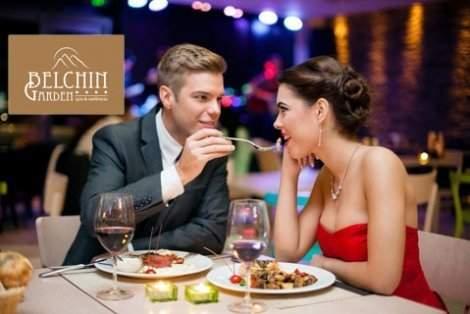Специална НЕДЕЛЯ в луксозния BELCHIN GARDEN 4*: Нощувка със закуска и Вечеря по селектирано 3-степенно меню с комплимент вино за ДВАМА само за 188 лв. + Wellness пакет