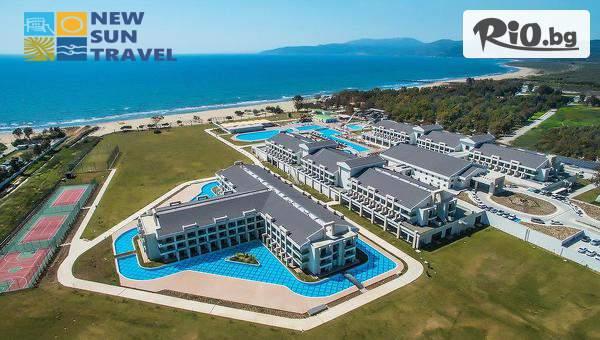 Нова година в Кушадасъ! 4 нощувки на база All Inclusive с включена Новогодишна Гала вечеря в хотел Korumar Ephesus Beach and SPA + вътрешен басейн, сауна, турска баня и водач от агенцията, от New Sun Travel