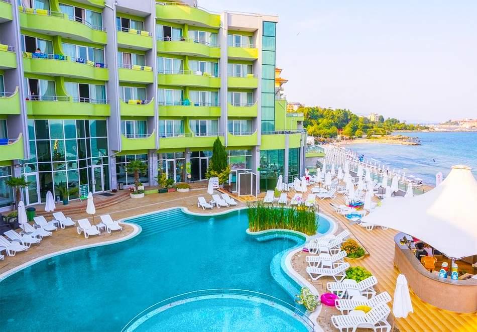 Релакс в МПМ хотел Арсена, Несебър! Включва басейн!
