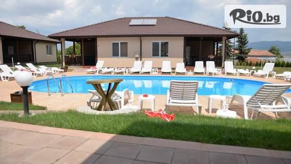 Почивка в Сапарева баня през Юли! Нощувка в апартамент за до четирима + всесезонен минерален басейн, от Вилен комплекс Дарибел