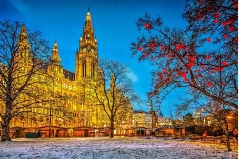 ПРЕДКОЛЕДНА ВИЕНА със САМОЛЕТ! 4 нощувки със закуски в хотели 3* + Панорамна обиколка на Виена + Туристическа програма в Братислава само за 795 лв.!