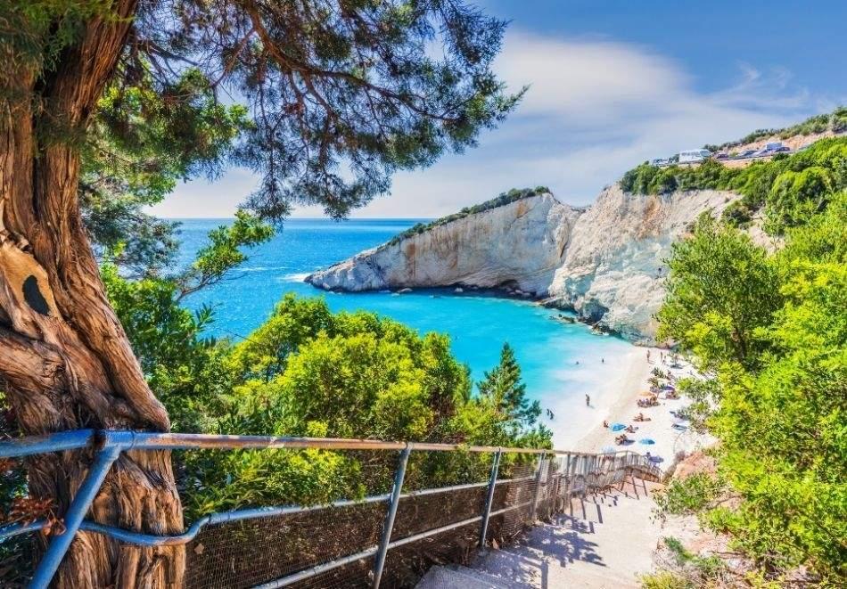 Екскурзия до остров Лефкада, Гърция от юни до септември 2021. Автобусен транспорт + 5 нощувки на човек със закуски и вечери + PCR тест!