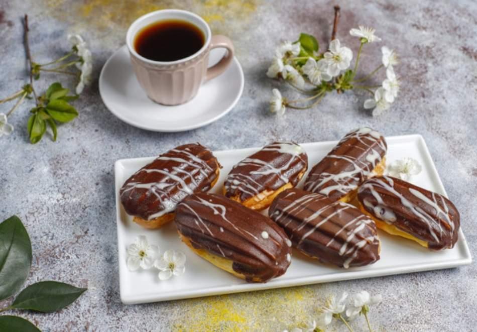 Сет Наслада с цели 100 сладки хапки от Кулинарна работилница Деличи, София