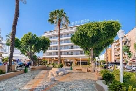 Посрещнете Коледните празници в хотел Esperia***, Кавала! Включва вечери и закуски! Плюс PCR тест