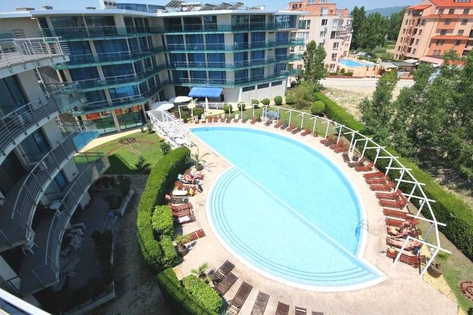 Нощувка на човек на база All Inclusive в Апарт хотел Синя Ривиера, Слънчев бряг