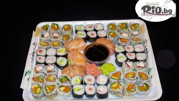Суши сет от 60, 76 или 80 различни видове хапки с доставка за вкъщи, от Суши Маркет