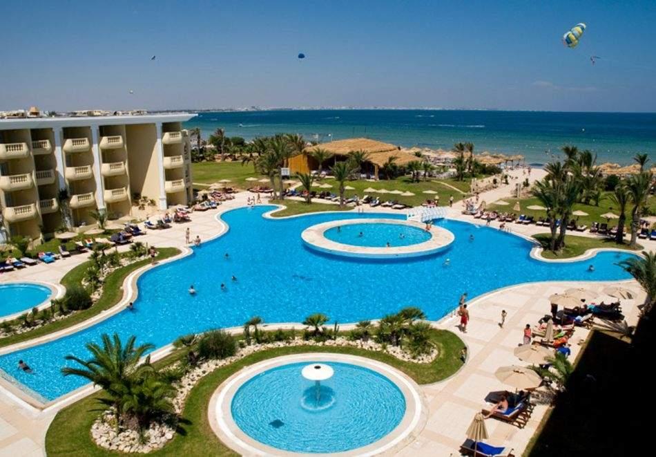 Почивка в Тунис от юни до септември 2021. Чартърен полет от София + 7 нощувки на човек на база All Inclusive в хотел  Royal Thalassa Monastir 5*, Монастир!
