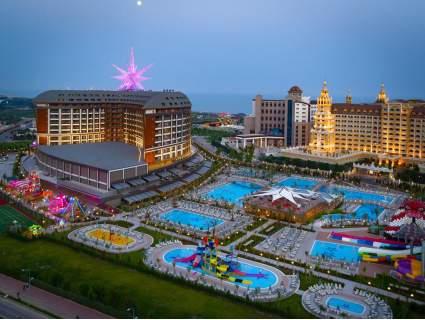 Нова година в ТУРЦИЯ, АНТАЛИЯ, в най-добрите хотели! Чартърен полет + 4 нощувки All Inclusive в хотел 5* по избор на цени от 794 лв.!