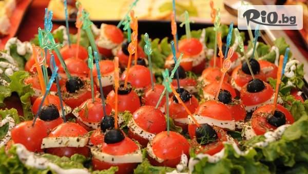Сет със 115 броя солени и сладки хапки + БОНУСИ, от Handamp;D catering